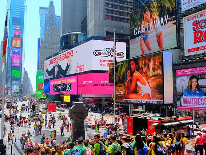 Times Square i New York - Menneskemylder