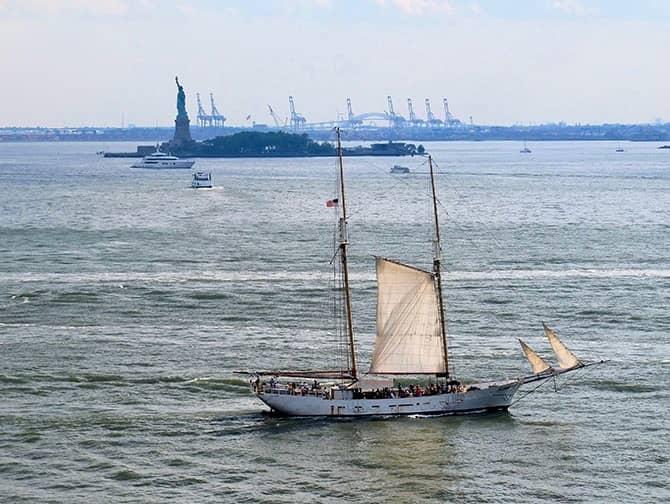 Frihedsgudinden sejltur i New York - Frihedsgudinden