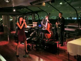 Bateaux New York Cruise med middag - Livemusik