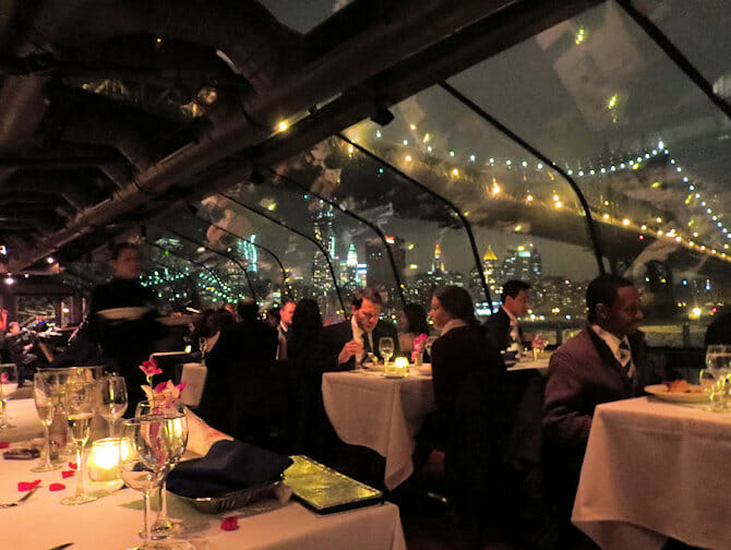 Bateaux New York Cruise med middag