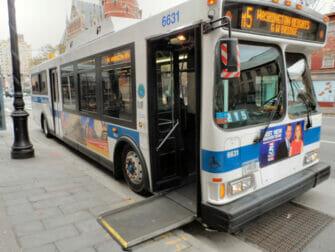 Faciliteter for handicappede i New York - Bus