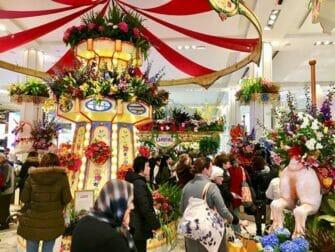 Macy's i New York - Flower Show
