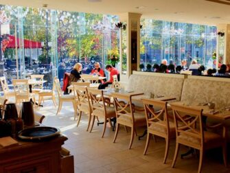 Central Park - Tavern on the Green restaurant
