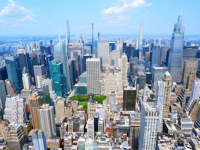 Empire State Building billetter - Udsigt over Uptown Manhattan