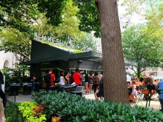 Parker i New York - Shake Shack i Madison Square Park