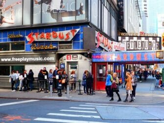 Temarestauranter i New York - Ellen's Stardust Diner