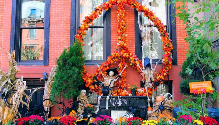 Halloween i New York - Pyntede huse