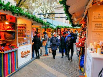 Markeder i New York - Bryant Park julemarked