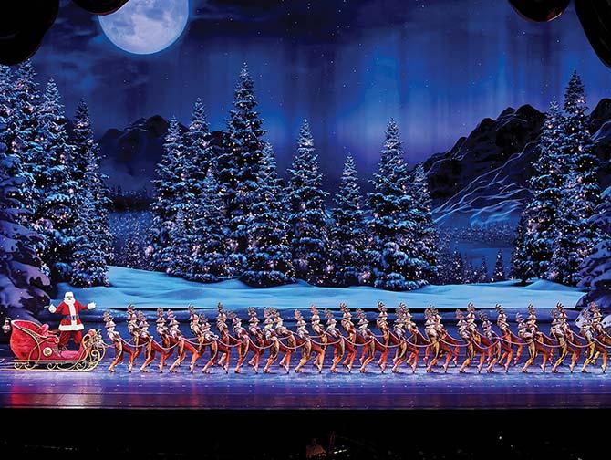 Radio City Christmas Spectacular billetter - Julemanden