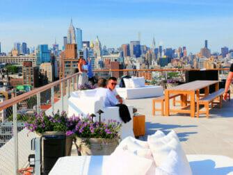 De bedste rooftop-barer i New York - The Roof på PUBLIC