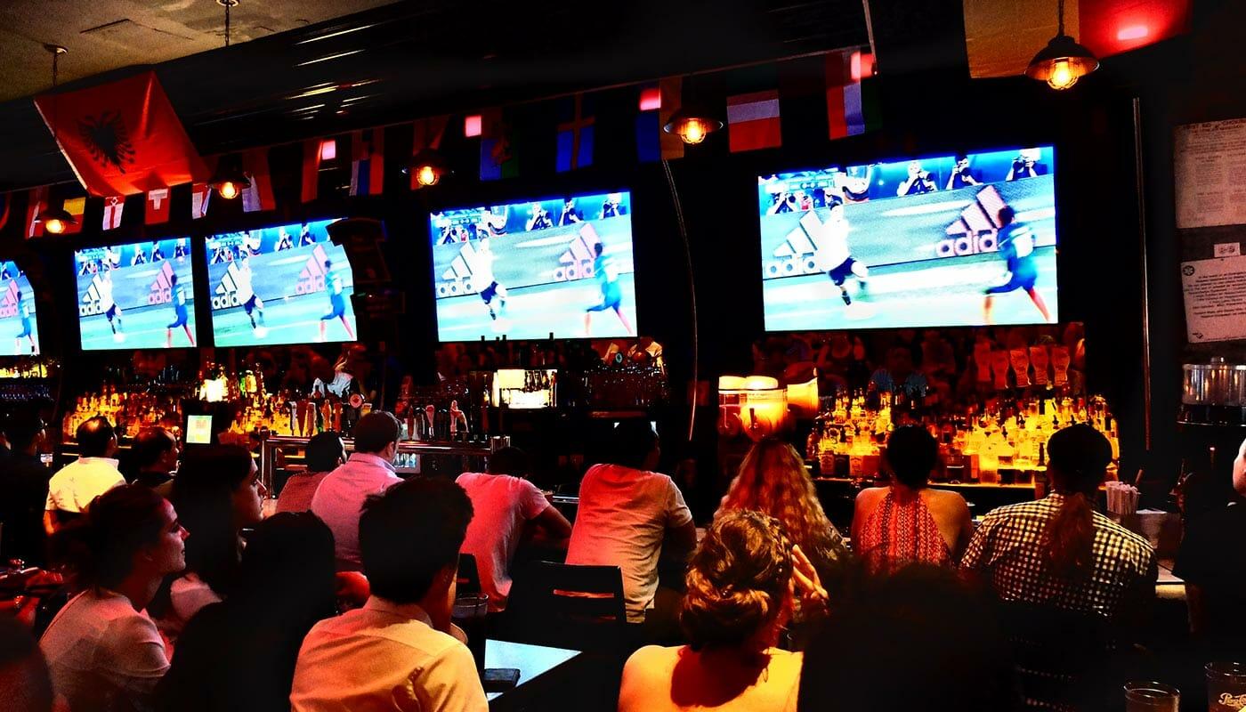 De bedste barer at se fodbold på i New York - Tonic Bar