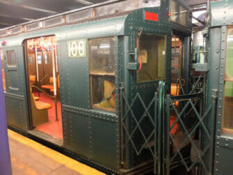 Gammeldags subway-vogne i New York - Gammel subway-vogn