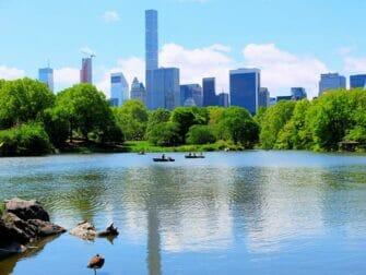 Leje robåd i Central Park - Central Park Lake
