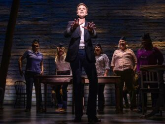 Come From Away Broadway billetter - Flypersonale