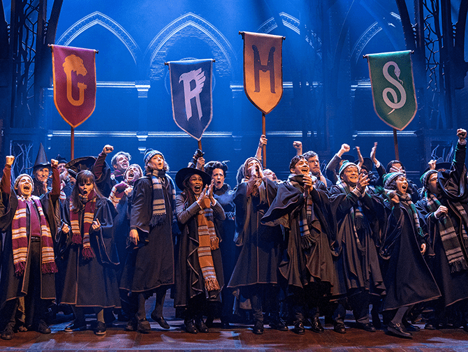 Harry Potter and the Cursed Child Broadway billetter - Hogwarts