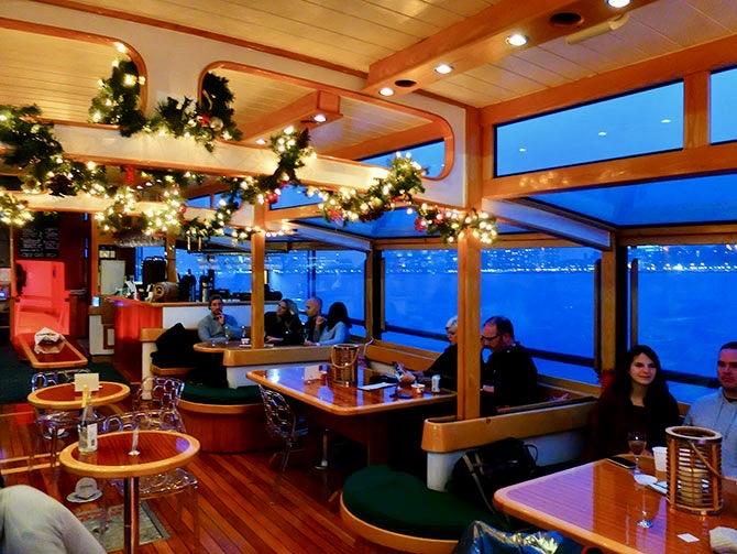Julehygge-cruise i New York - Båden