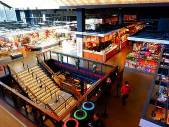 Lower East Side i New York - Essex Market indenfor