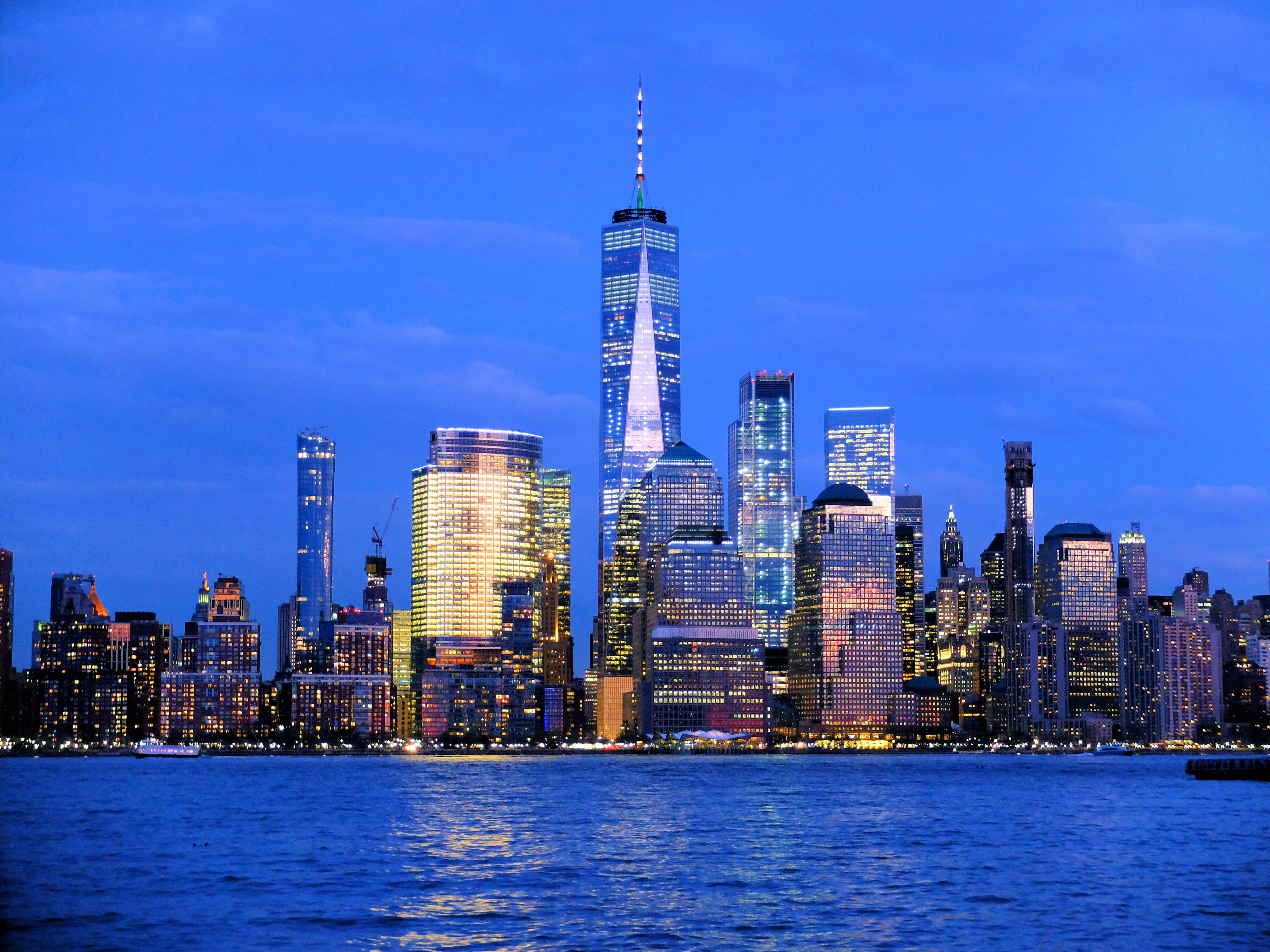 1 Beautiful Skyline with One World Trade Center High Quality Wallpaper