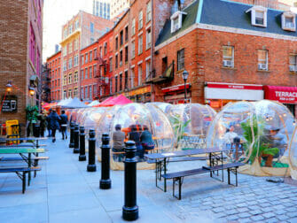 New York vaccinerer turister - Stone Street i New York
